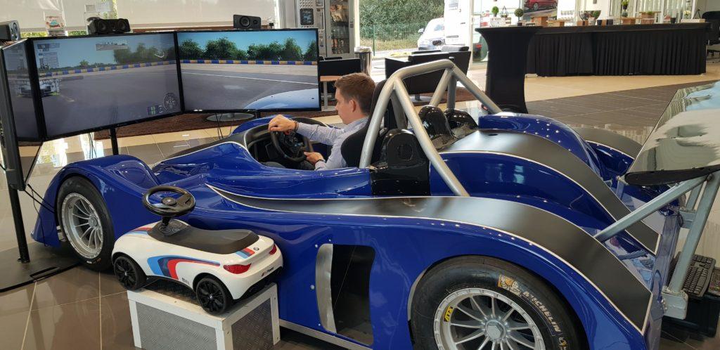 simulateur-voiture-de-course-automobile